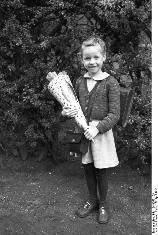 Schulanfänger, Urdenbach, 3. April 1953